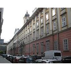 Budapest Főváros Önkormányzata - Főpolgármesteri Hivatal (Forrás: Wikipédia)