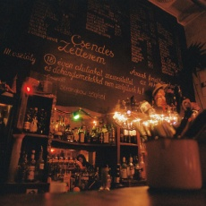 Csendes Vintage Bar & Cafe