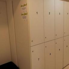 Öltőzökben 12 szekrény várja a mozgás szerelmeseit