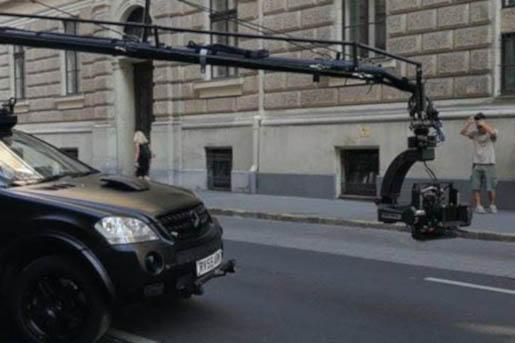 Filmet forgatnak, már tilos a parkolás